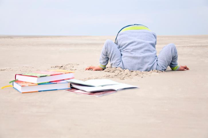 Ребёнок не читает книги